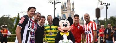 Jogadores que disputam a Florida Cup participam de desfile da Disney
