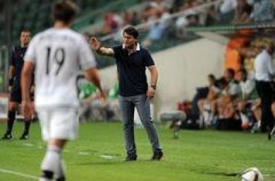 Treinador Brasileiro na albania diz que foi obrigado sair do Brasil para ter oportunidade