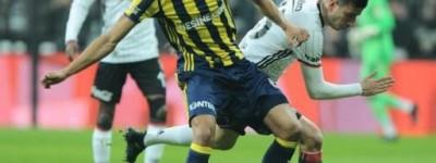 Único Brasileiro Titular no Fernebahçe comemora a vitória e classificação na copa Turquia