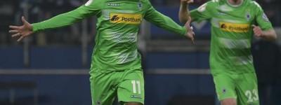 Brasileiro volta de lesão e ajuda seu time alemão em duelo pela a liga Europa