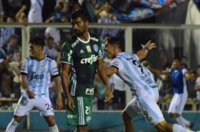 Poderia ter sido melhor ! Palmeiras estreia na libertadores com empate mas poderia vencer!