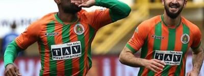 Artilheiro do Amor marca 2 e deixa sua marca de matador no Futebol turco !