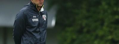 Treinador Infartado diz que no Brasil profissão é Insana e prefere treinar clube na Arábia