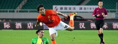 Humm ! Brasileiro lamenta jogar em data FIFA na china pois seu clube tem vários na seleção
