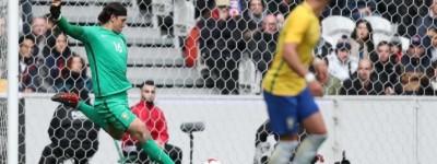 Goleiro do Timão admite nervosismo em estreia pela a seleção e afirma'Vamos ganhar a copa'