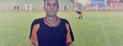 Lateral esquerdo ex-São Vicente pode estar de partida rumo à Itália e diz viver um sonho !