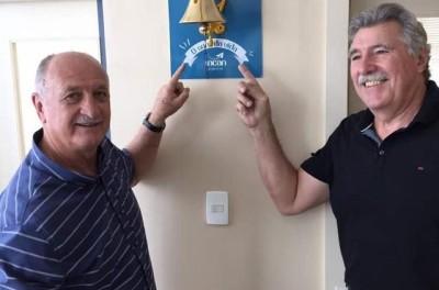 Treinador Brasileiro Campeão Mundial é cotado para dirigir seleção emergente na copa !