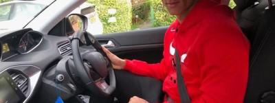 Atacante ex-fluminense realiza aulas de volante para se adaptar a dirigir na Inglaterra !