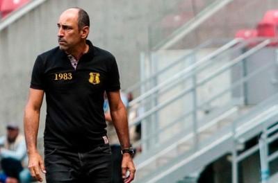 Treinador Brasileiro denuncia máfia no Futebol Boliviano e está sendo ameaçado de morte !