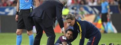 Xiii mais um?Dani Alves se lesiona e pode ficar fora da Copa preocupando ainda mais Tite !