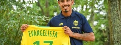 Entenda porque Brasileiro Ex-Udinese é apresentado em equipe Francesa de forma inusitada !