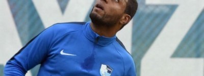 Dispensado do Vasco lateral Brasileiro se transfere para turquia e encontra seu futebol !