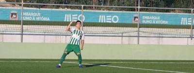 Brasileiro João Marcello Pistelli de 17 anos  do Rio Ave,vem destacando na Base do clube !