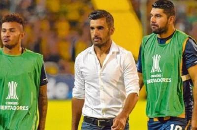 Treinador de equipe argentina achou que sua equipe poderia mais em cima de brasileiros !