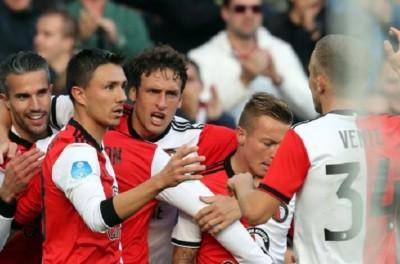 Brasileiro atingiu uma marca ao se  tornar o brasileiro com mais partidas na Holanda !