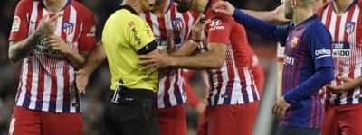 Brasileiro Diego Costa pegou gancho 8 jogos de suspensão por insultar árbitro !