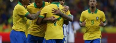 Veja os craques de seleções que se destacaram em Copas América anteriores !