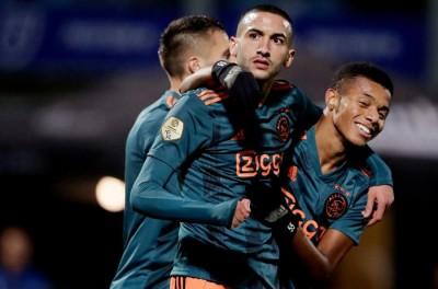 Com 2 gols de Brasileiro ex-São Paulo,Ajax vence sexta partida seguida no Holandês !