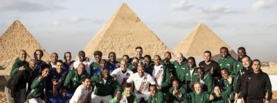 'Épico'Brasileiros disputam pela aos pés das Pirâmides do Egito !