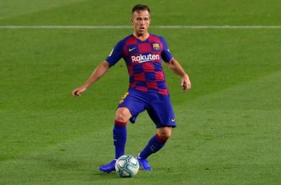 ''Acima do Teto''Alto salários dificulta ida de brasileiro do Barcelona para a Juventus !