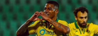 Brasileiro entra no top-10 da artilharia histórica do Paços de Ferreira!