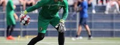 Goleiro Brasileiro está vetado de disputa de campeonato por ser diagnosticado com covid-19