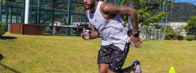 'Só no Brasil mesmo',Neymar recebe auxilio emergencial e nega que foi ele'me usaram'