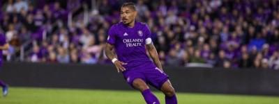 Brasileiro comemora classificação do Orlando City na MLS: