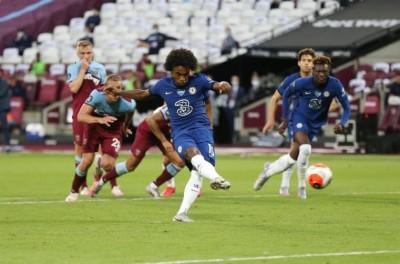 Brasileiro marca 2 vezes mesmo assim não impede derrota de clube no Campeonato Inglês