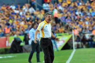 Mexicano inicia com vitória de time comandado por Brasileiro com 10 anos no cargo !