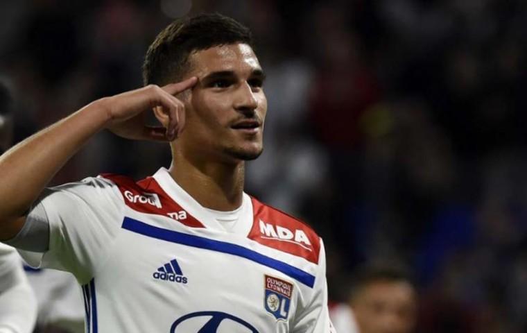 Diretor Brasileiro do Lyon,afirma que terão que vender meia revelação do clube !