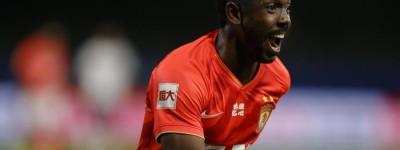 Brasileiro ex-Flamengo é convocado pela primeira vez para a seleção chinesa !