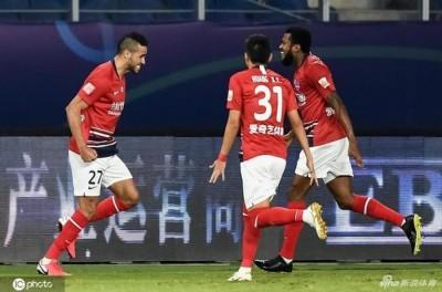 Com gol e assistência de Alan Kardec, Chongqing Dangdai goleia e se classifica no Chinês