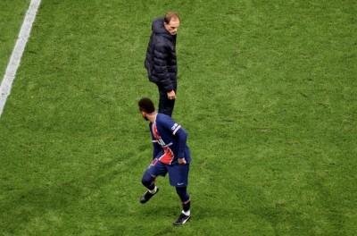 Próximo de se  apresentar à Seleção, Neymar tem lesão e pode desfalcar o Brasil !