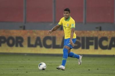 Com Covid-19, Casemiro é cortado da Seleção para jogos contra Venezuela e Uruguai