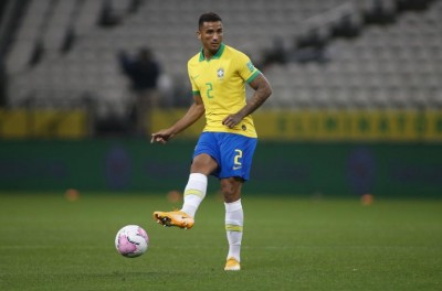 Lateral-esquerdo na Juventus e direito na Seleção,Brasileiro diz ser um jogador versátil !