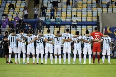 Argentina vence Brasil em pleno maracanã e chega ao 15º título da Copa América !