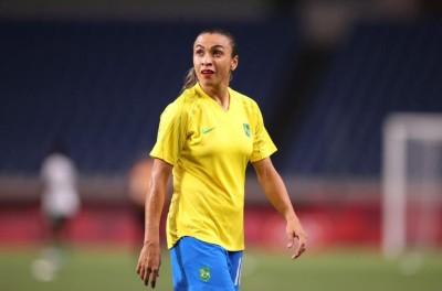 ''Ainda dou um caldo''Marta afirma que tem planos de seguir na seleção feminina