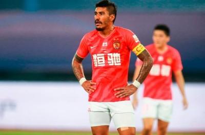 Brasileiro vetado de entrar na China, rescinde na Arábia e tem acerto verbal com timão
