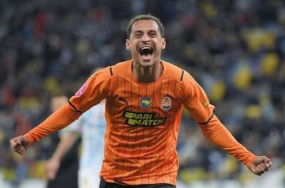 Com belo gol de Brasileiro,Shakhtar vence Dínamo de Kiev e conquista Supercopa da Ucrânia