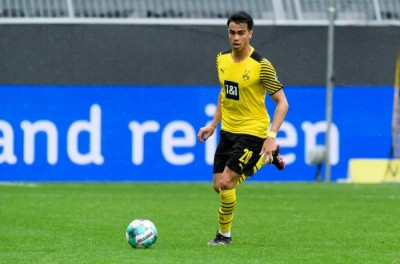 Técnico do Borussia cobra mais empenho de Brasileiro