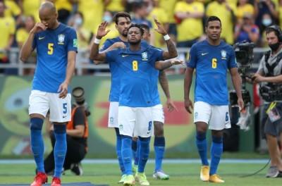 Após empate Brasileiro exalta atuação do Brasil contra a Colômbia, mas lamenta erros